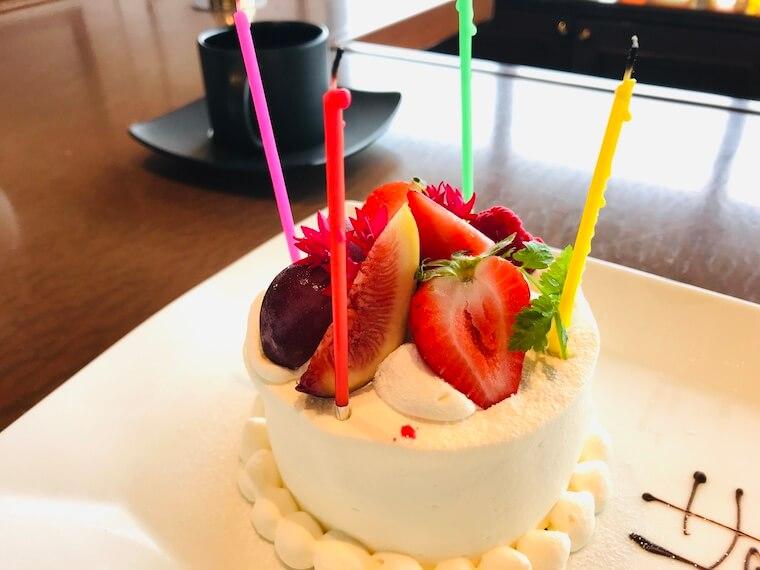 山の上ホテル 誕生日ケーキ